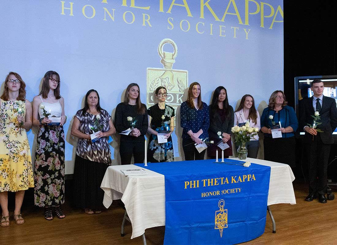 Phi Theta Kappa vice president joins WVU Parkersburg for honor society chapter ceremony